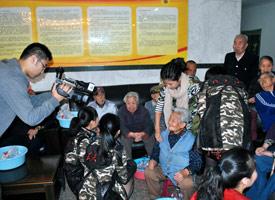 西安宣传2-探访养老院