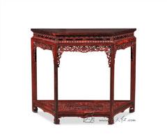 西番莲纹梯形桌