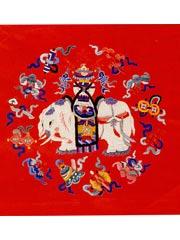 红缎绣五彩太平有象图