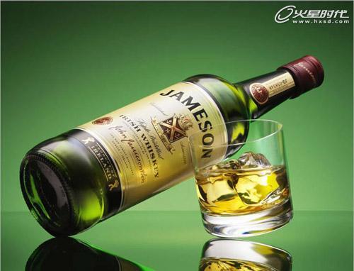 国外仿触觉系创意海报及广告:饮料酒水类广告