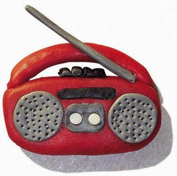 橡皮泥—水壶; 幼儿园手工制作:橡皮泥录音机