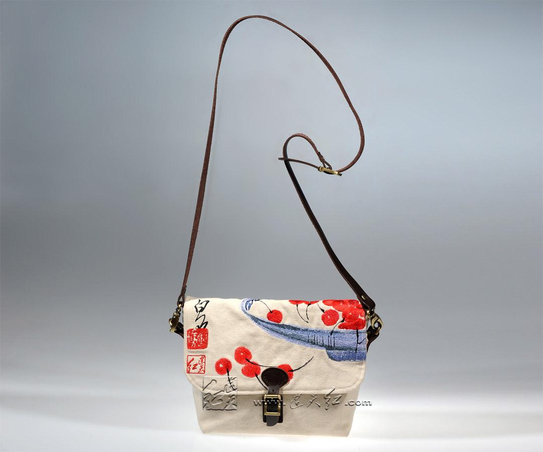 白石-樱桃帆布挂包
