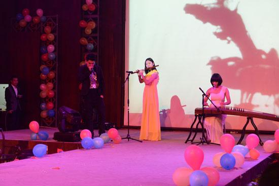 元旦表演青花瓷,古筝笛子琵琶合奏,谱子谱子