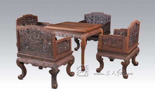 老式雕刻二龙戏珠红木沙发