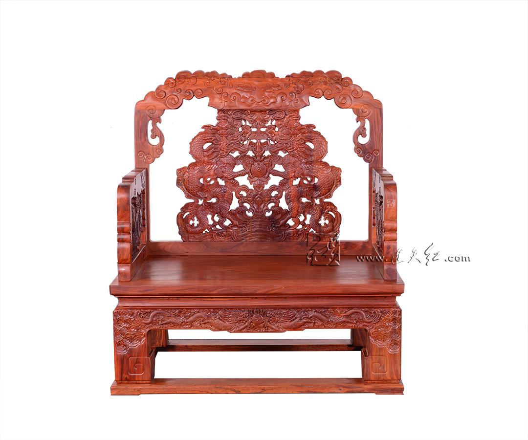 云龙纹扶手椅